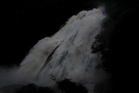 26)大雨の日、大川(おおこ)の滝